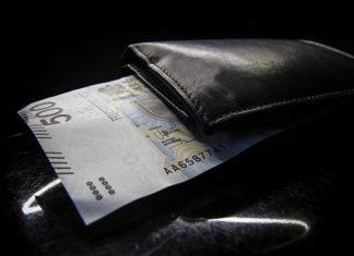 Kredyt gotówkowy dla obcokrajowca - jakie wnioski, dokumenty trzeba przygotować?